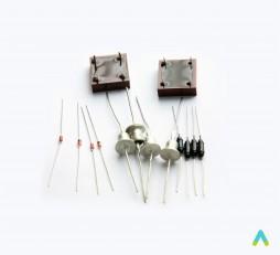 фото - Набір напівпровідників для практикуму. Транзистори і тиристори